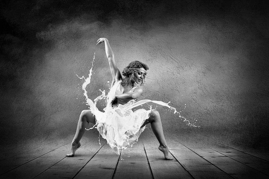 深圳杯优秀  作者:Andrii Yurlov(Ukraine) 国家:Slovakia  标题:My dance 5 b4.jpg
