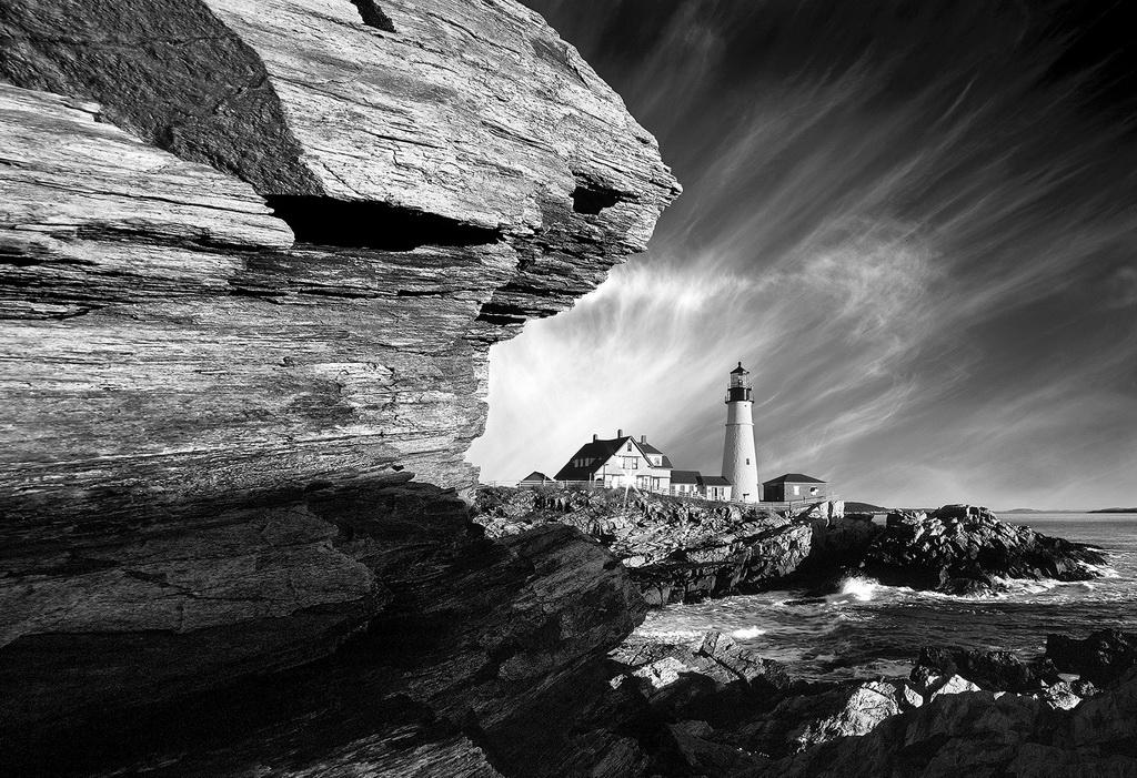 FIAP丝带 作者:XiaoYing Shi 国家: USA 标题:Lighthouse #6