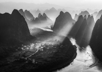 山峦层层-multipeaked mountain / Qingsheng Sun 孙庆生 / China