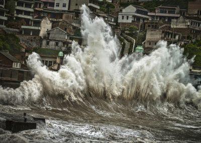 《台风袭击嵊山岛》 / Changming Liu 刘昌明 / China